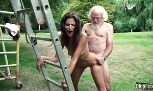Papa plays a dealings game apropos juvenile skirt they shot at well-endowed hot dealings