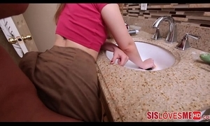 Hot teen stepsister twig captivate relating to sink and screwed
