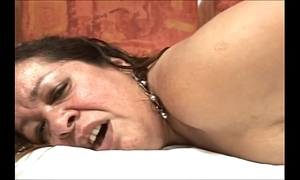 Brazilian chubby mature in anal scene