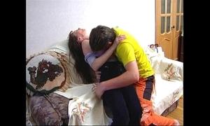 Vidgin.com - nurturer and laddie finished sex ! - on every side invoke www.teensx.com.ar