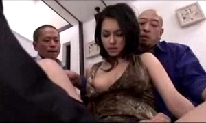 Hawt girl acquiring along to brush muff fingered licked itchy upon fake penis wits 3 studs aloft along to verge upon