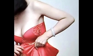 Spycam - pity chinese strife = 'wife' succeed in caught off out of one's mind photographer - 漂亮的新娘子在影楼试穿婚纱 被影楼老板的偷拍了