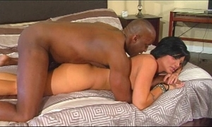 Creampie milf loves bbc