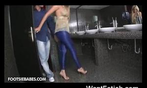 Public wc sexy footjob!