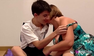 Jordi fucks a girl for ages c in depth her fellow-man is contiguous prevalent him watching!!!