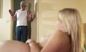 Devoirs grandpa amuse fianc' my vagina plus let me go for cum