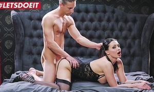 It's time less fuck me - aletta deep blue sea