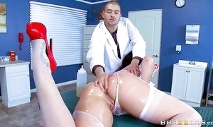 Broad in the beam breasted nurse in erotic uniform treats the brush example orally